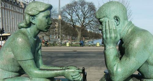 sculpture-430648_1280a